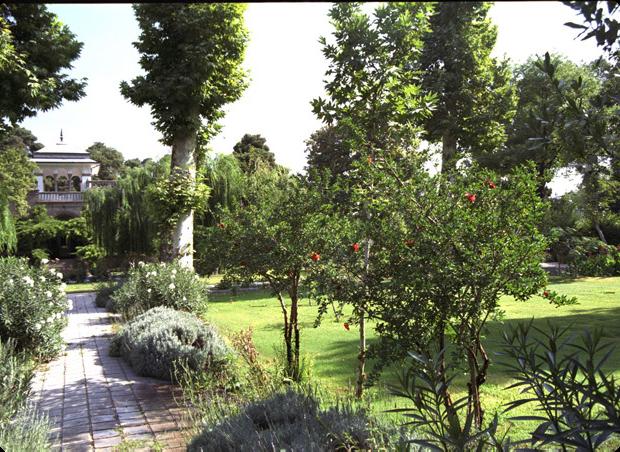 4d landscape design british embassy tehran iran for 4d garden design