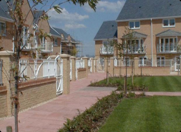 4d landscape design penarth marina penarth for Hamptons home and garden design penarth